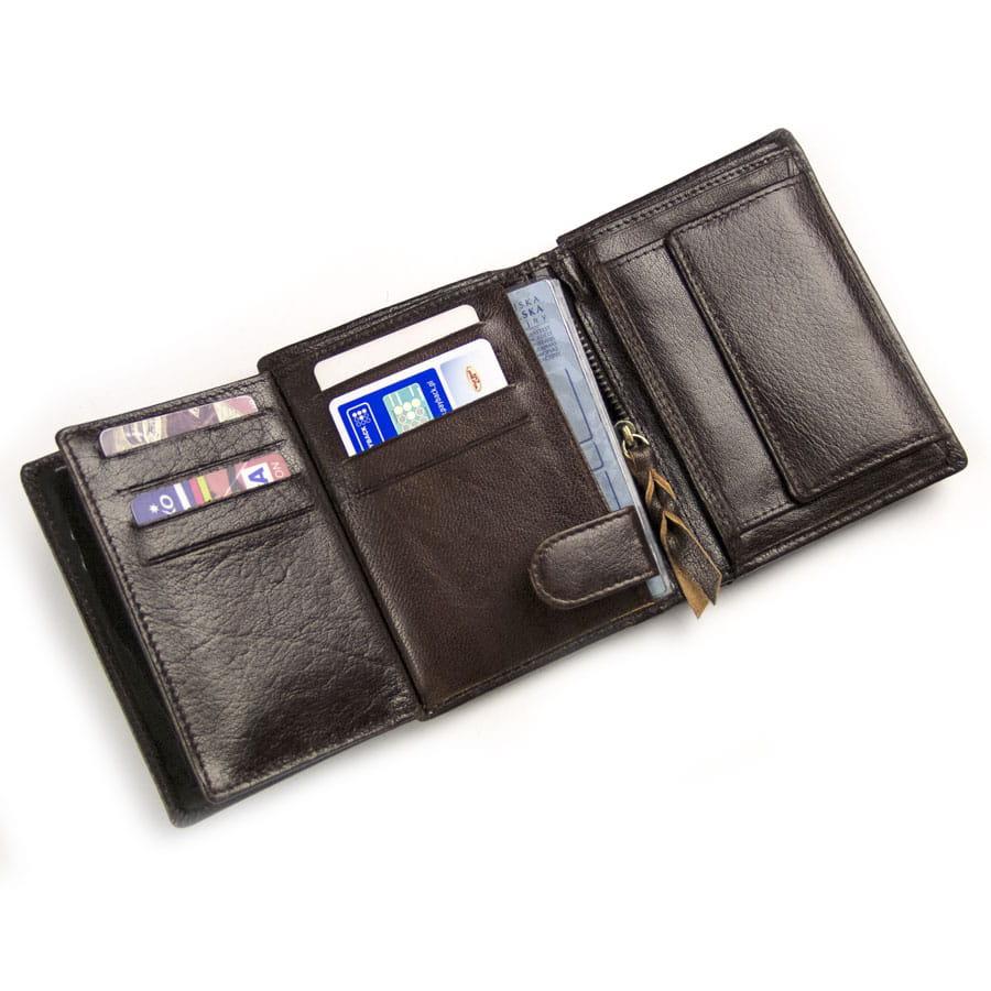 b313fb48183c6 ... Pojemny brązowy skórzany portfel dla mężczyzny ...