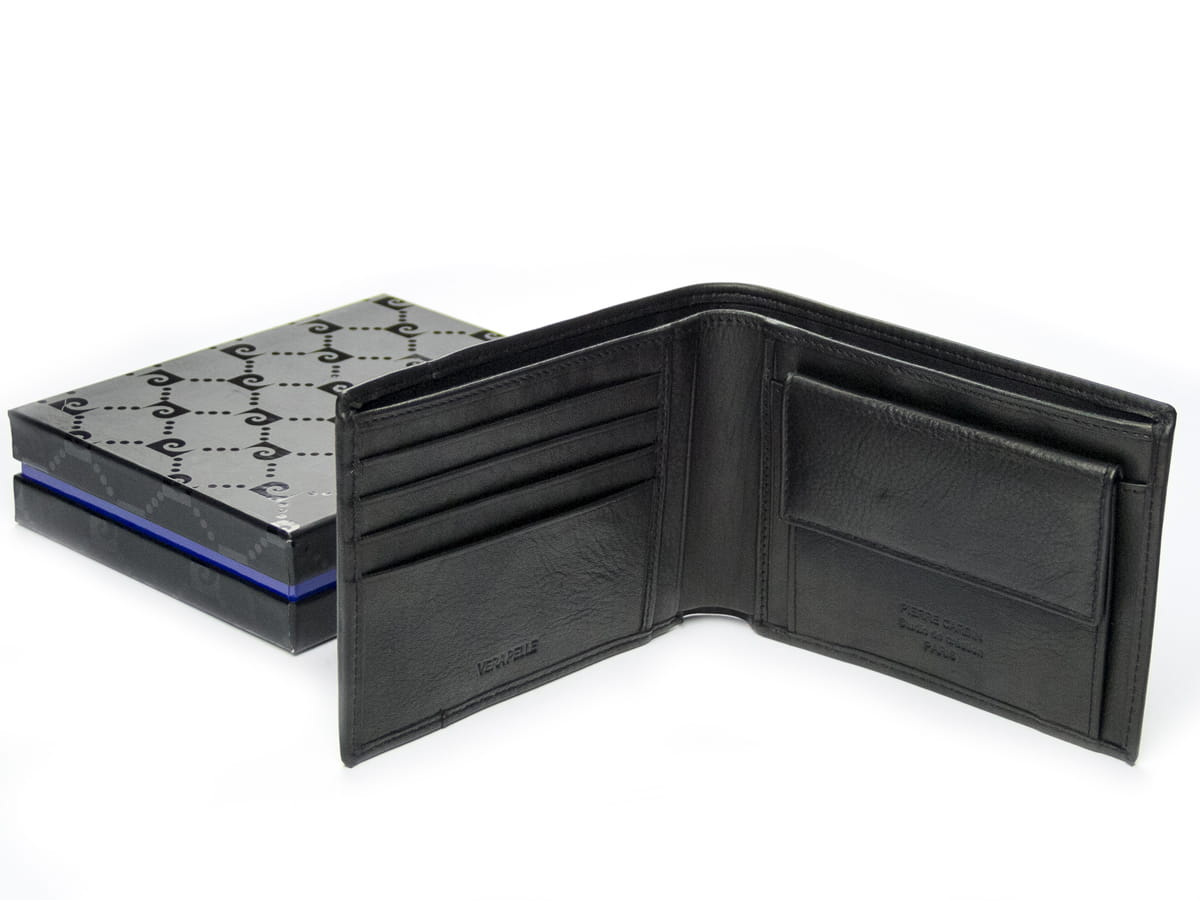 23a2f11080133 ... Cienki męski portfel skórzany · Męski portfel skórzany Pierre Cardin w  pudełku ...