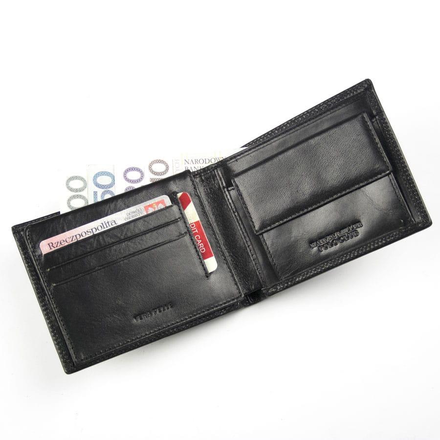 949a63f310325 Portfel męski skórzany czarny Harvey Miller 3820 292E · Męski portfel  skórzany z miejscem na dowód rejestracyjny pojazdu · Zapinany męski portfel  skórzany ...